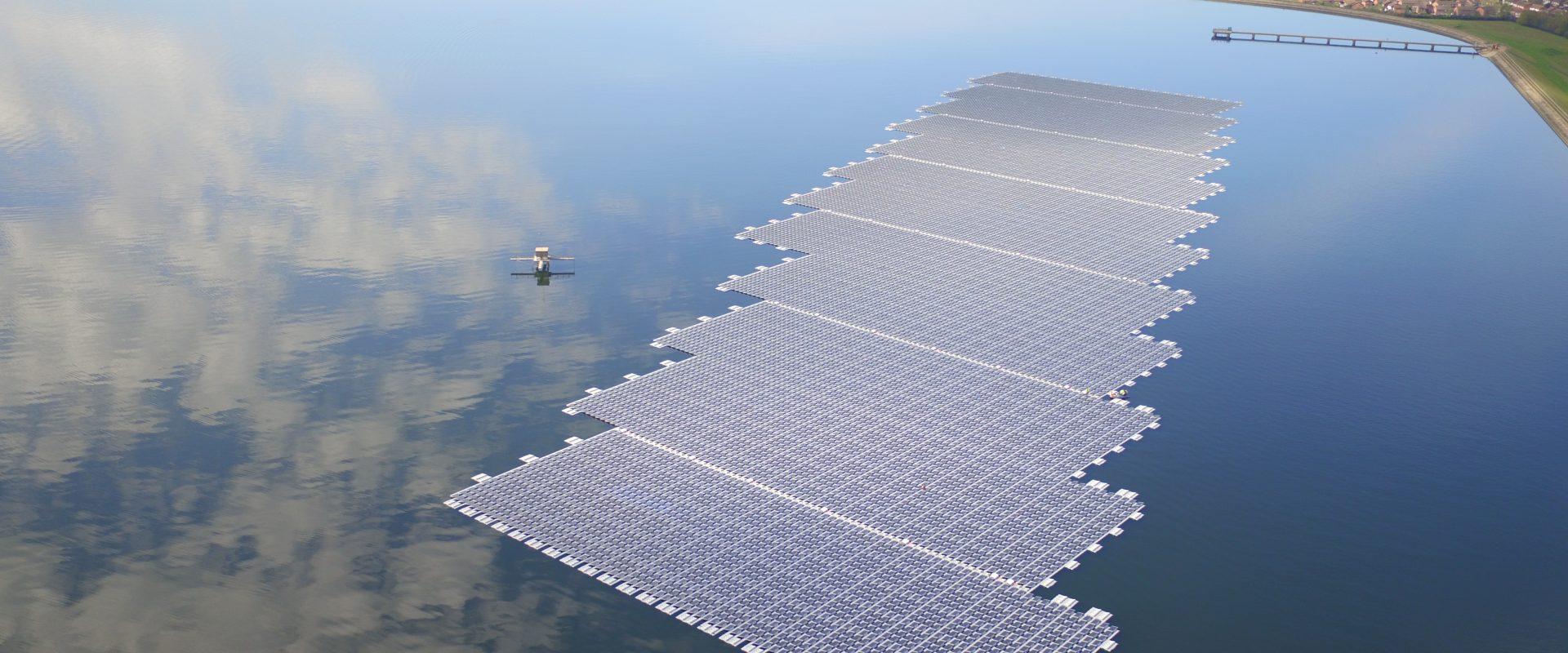 Queen Elizabeth II Reservoir (image: Lightsource BP)
