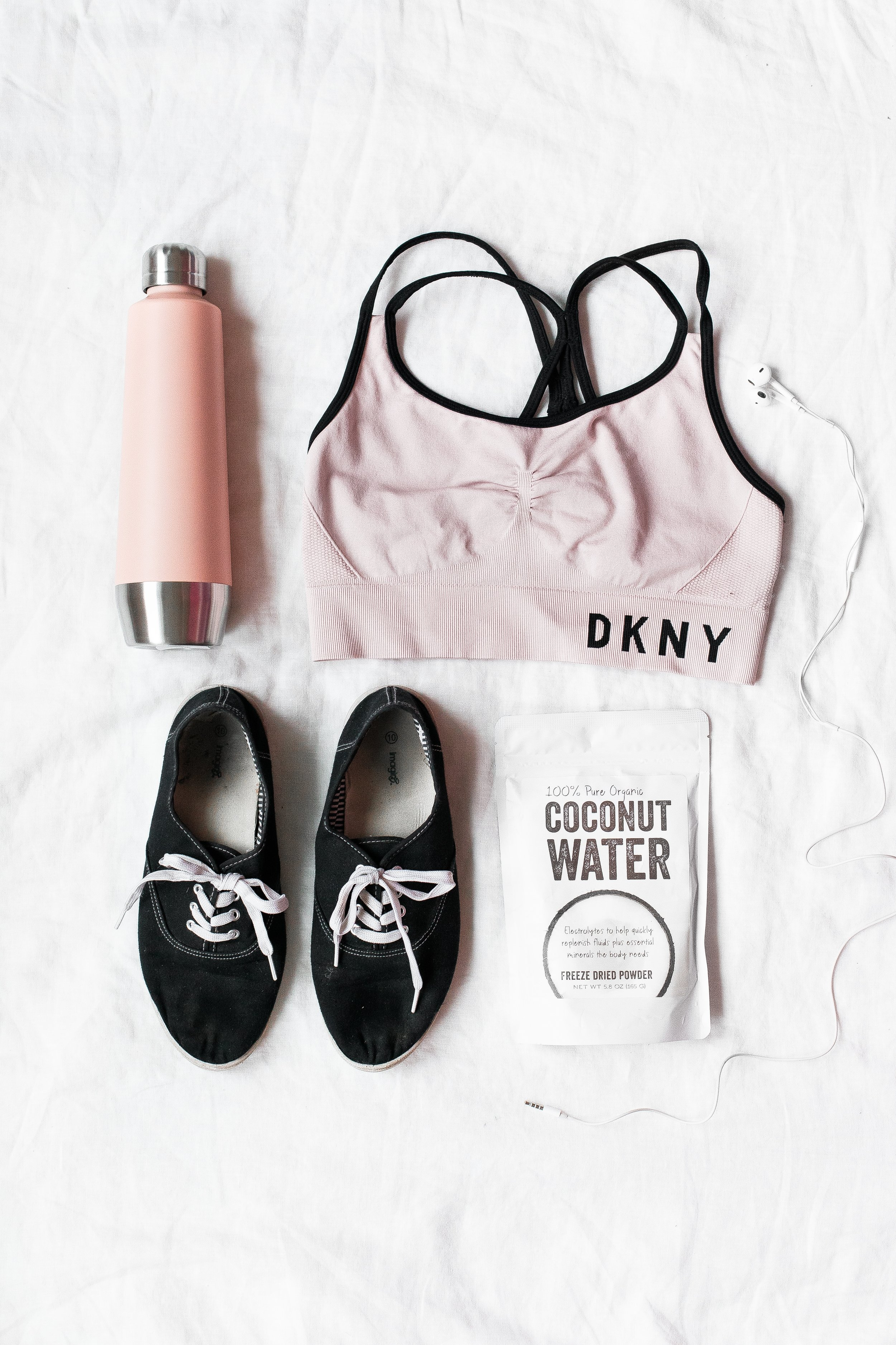 TRAVEL FRIENDLY FITNESS - 5 items you need & how to use them..