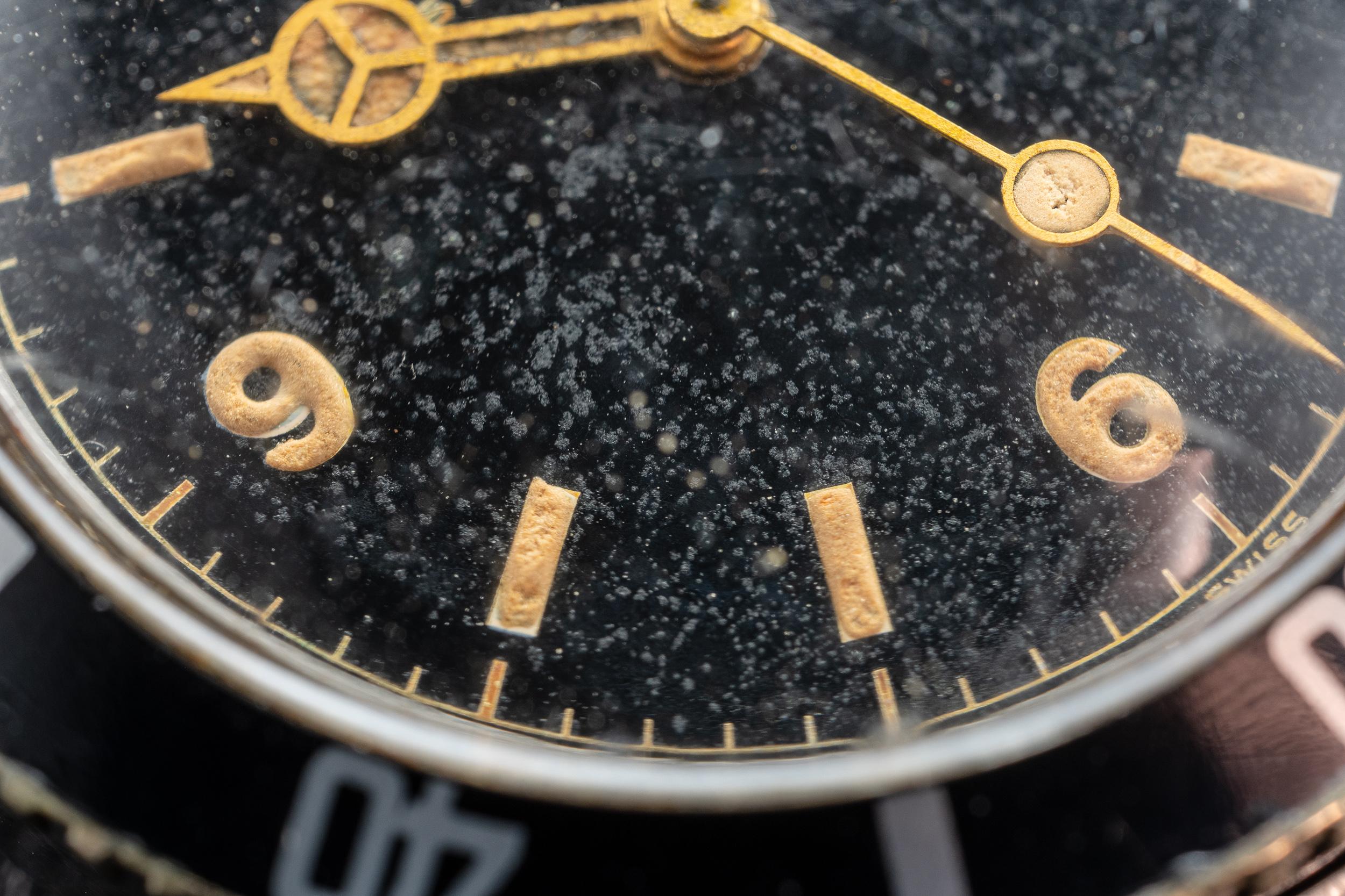 Rolex_Vintage_Submariner_Explorer_Dial.jpg