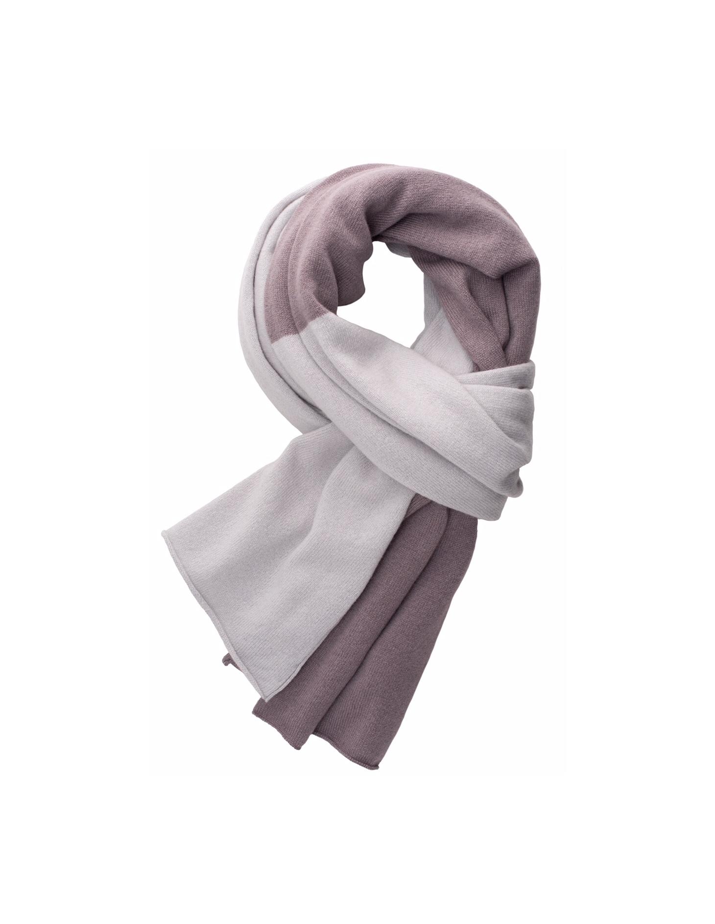 Napa Valley   Durch seine edlen Farbkombinationen verleiht der samtweiche Schal jedem Outfit einen lässigen Look  100% Cashmere  Länge x Breite : 200 x 80 cm  Größe: one size