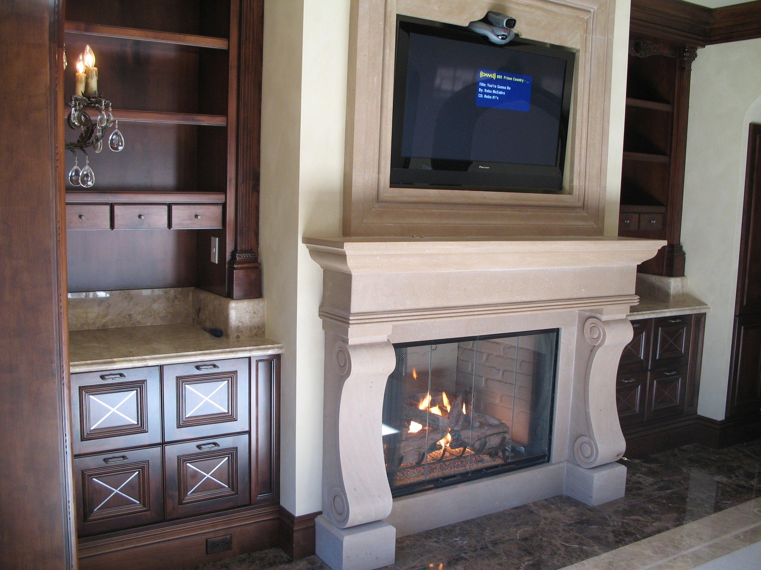 Fireplace & Bar.JPG