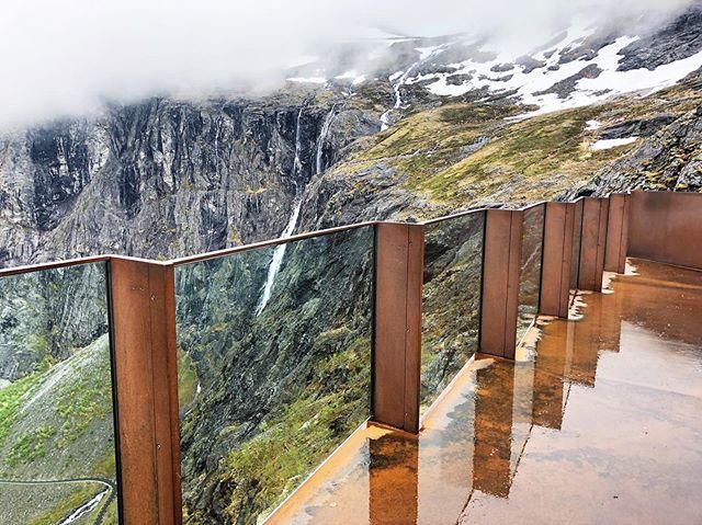 Glass zigzag.  Reiulf Ramstad Arkiteker, Trollstigen Visitor Centre, 2012  #trollstigen #snowpeak #waterfall #spring #arkitektur #norway #instanorway #norwayarchitecture #architecturetravel #architectureview #architecturephotography #architourist #reiulframstadarkitekter #norwegianarchitecture #norwegianescape #glassarchitecture #glassrailing #cortensteel