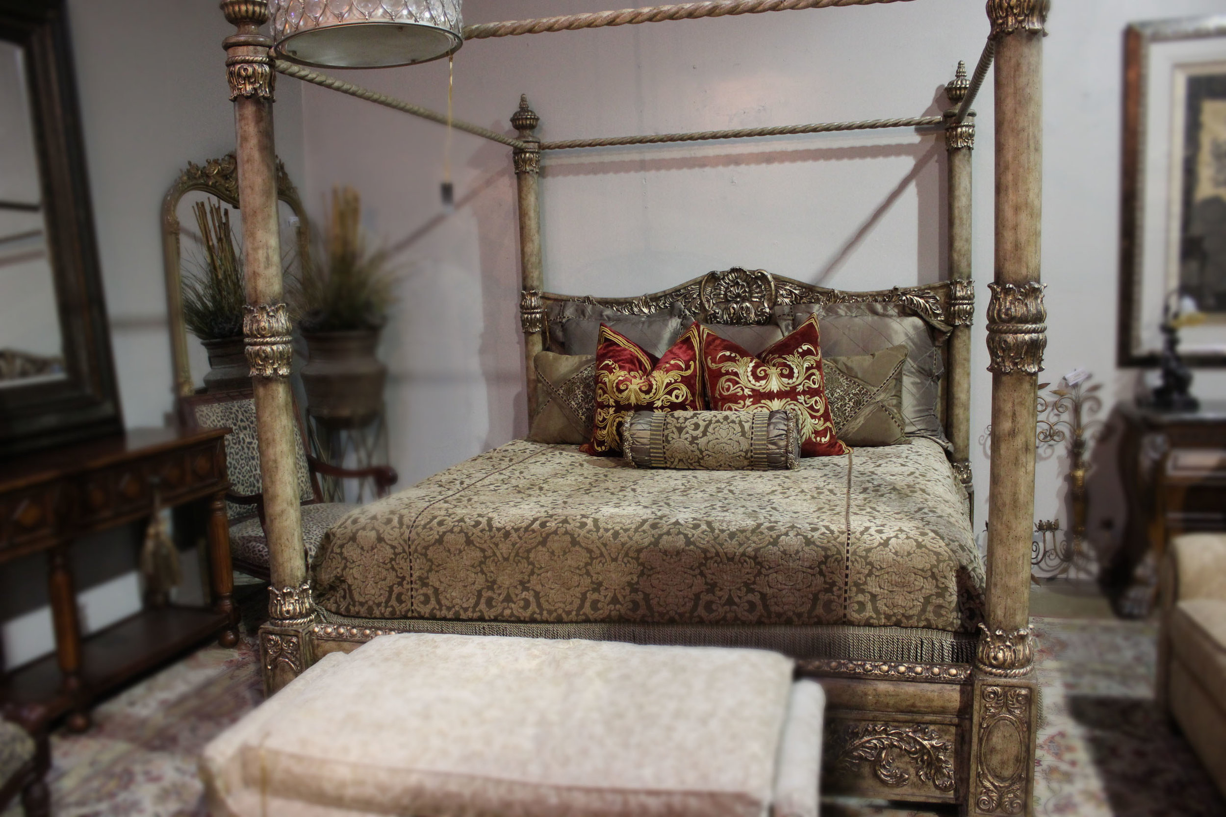 King Champagne Poster Bed AS IS