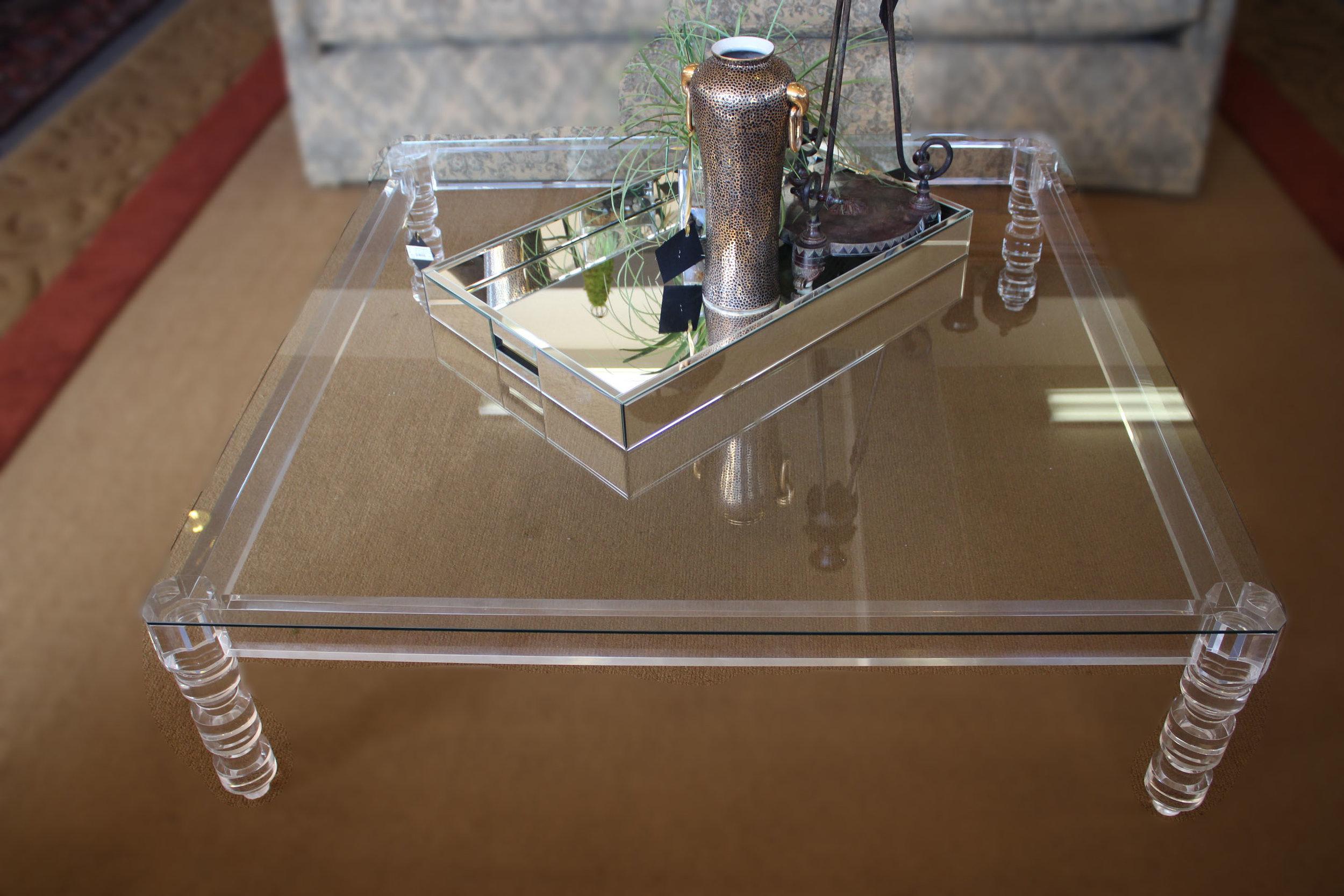 Acrylic Glass Cocktail Table