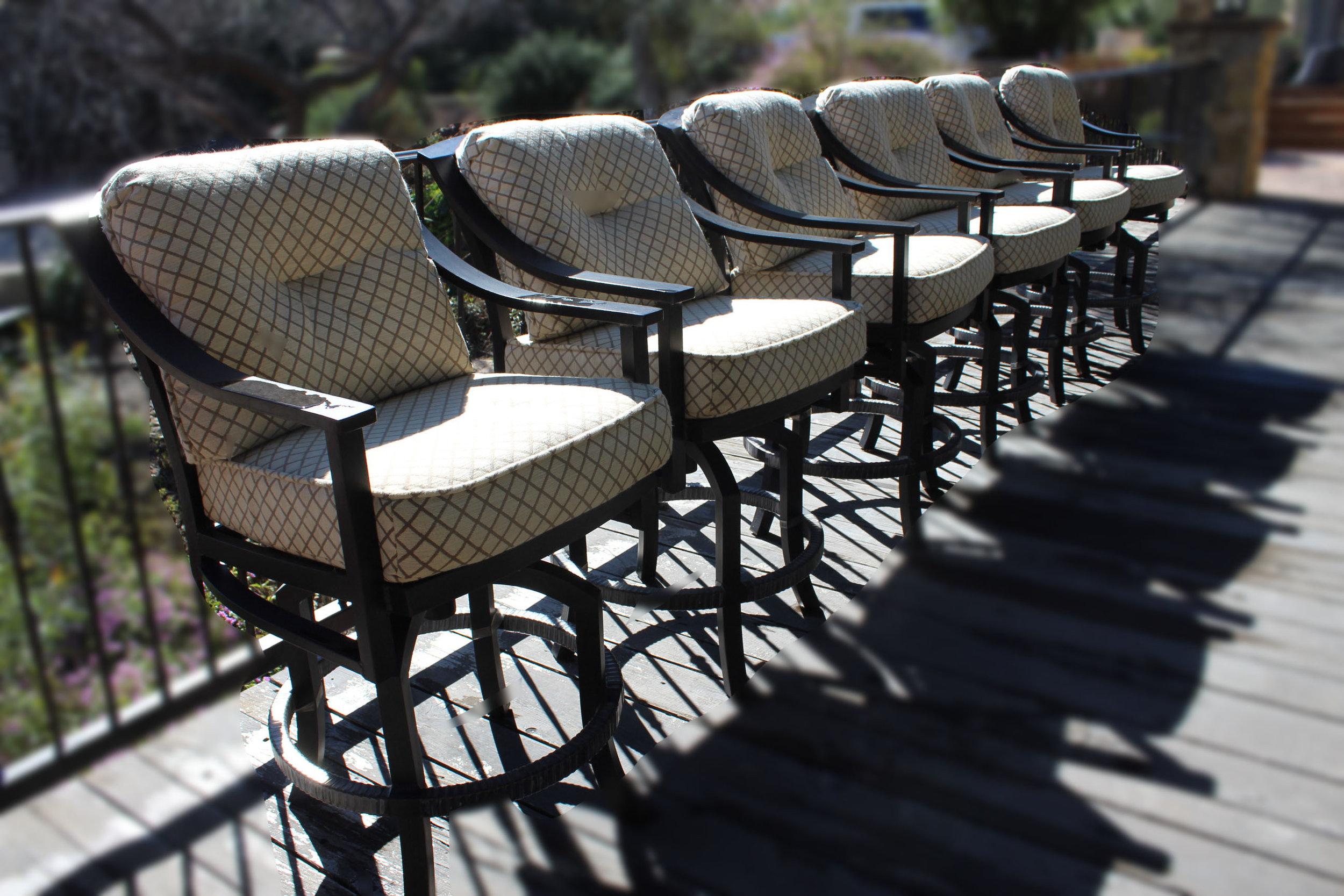 Restoration Hardware Set of 6 Outdoor Swivel Barstools