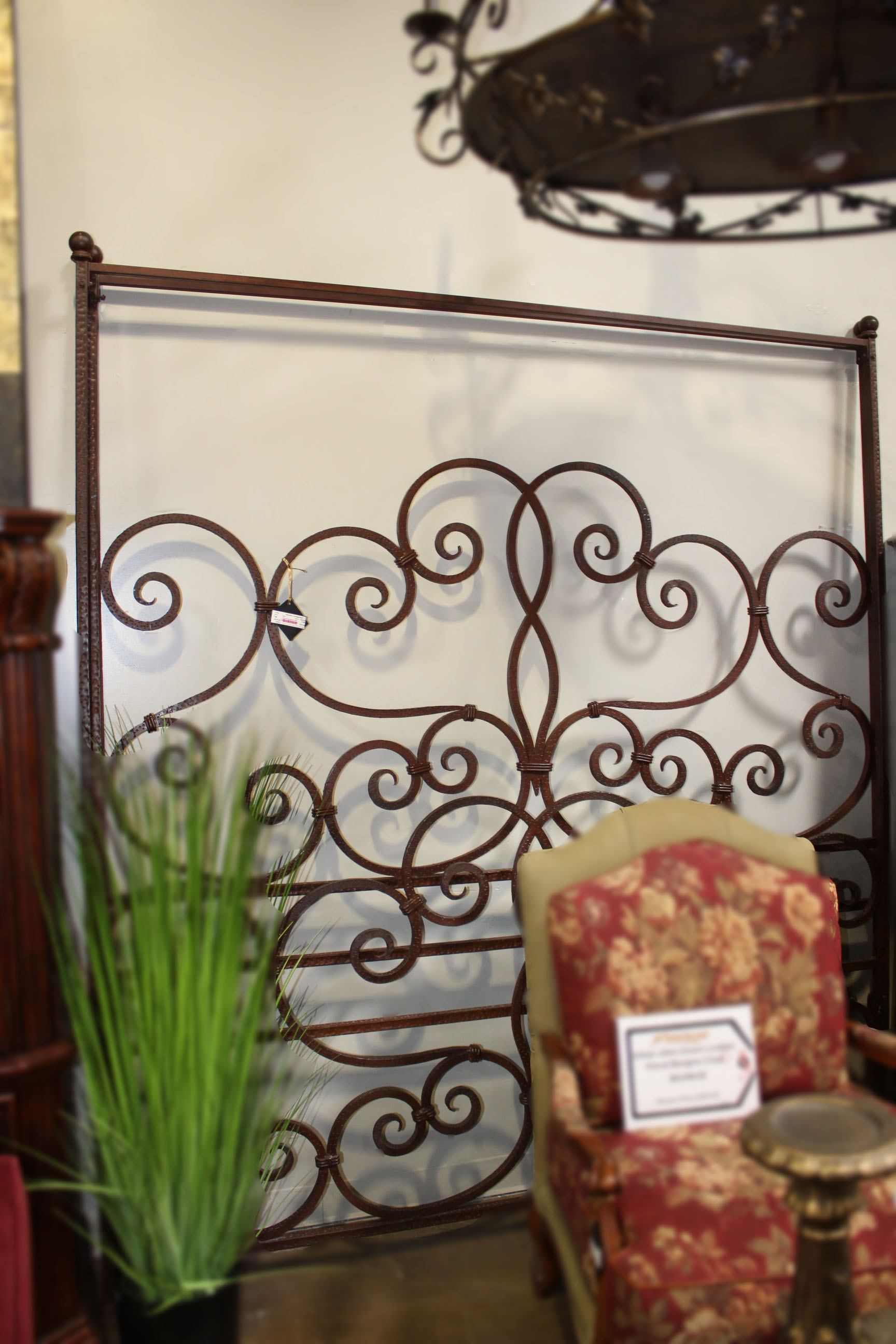King Iron Canopy Bed