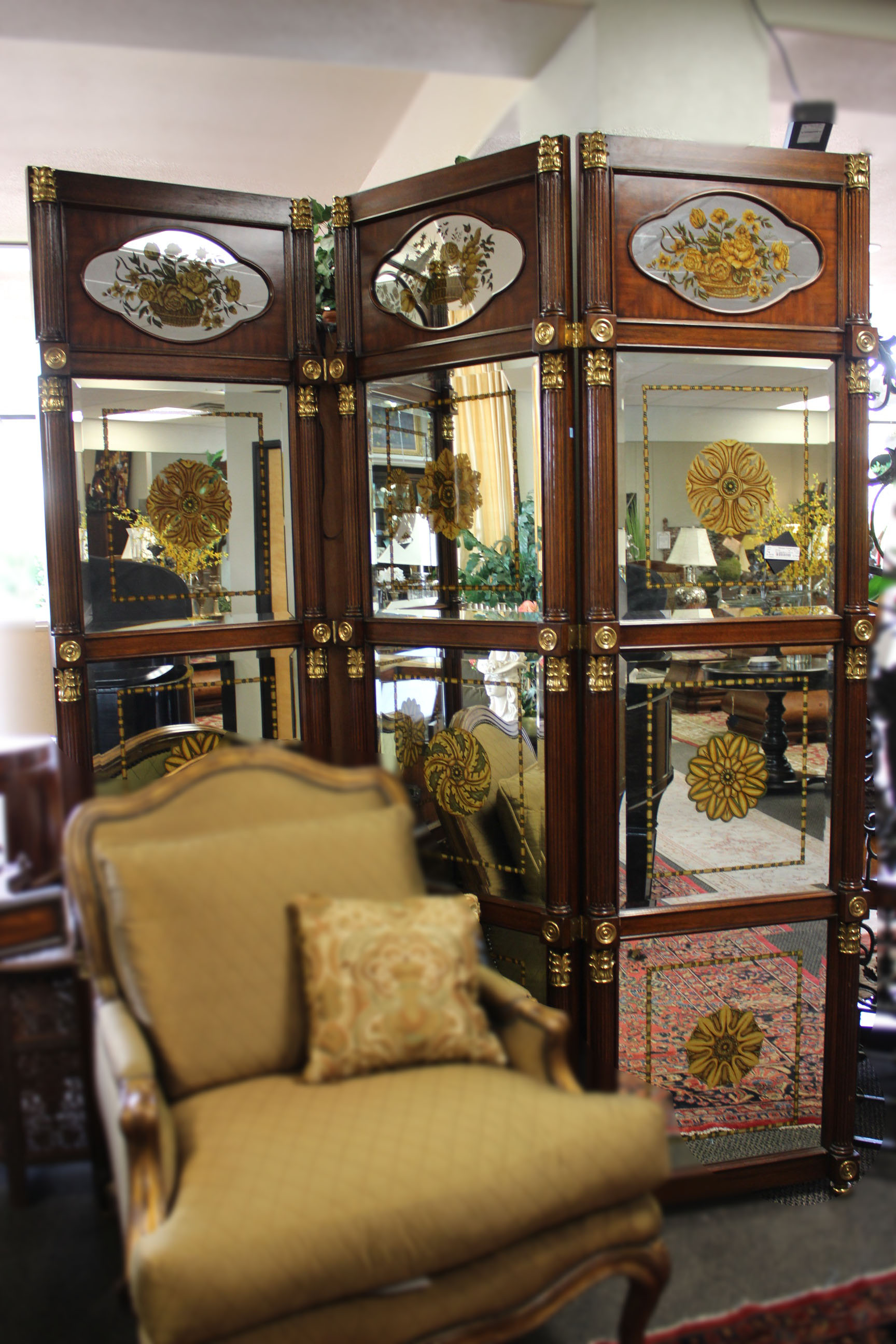 Theodore Alexander Reverse Painted Mirror 3 Panel Screen