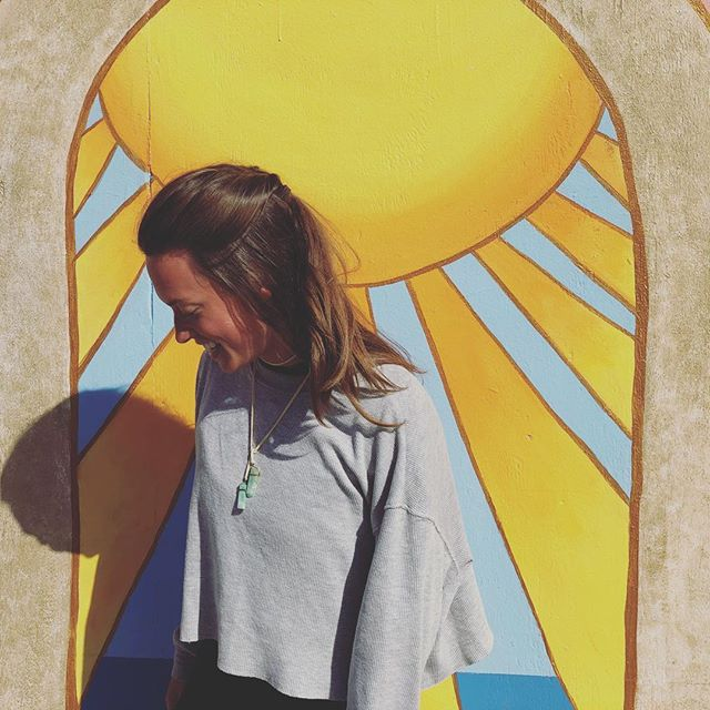 Enjoying my sweet friend the sun ☀️ San Diego: thanks for the medicine😘 💛 💛 #sandiegoyogafestival #calisunshine #breathofsunshine #yogaeverydamnday #aintnosunshinewhenshesgone #yogaeverydamnday #happySUNday