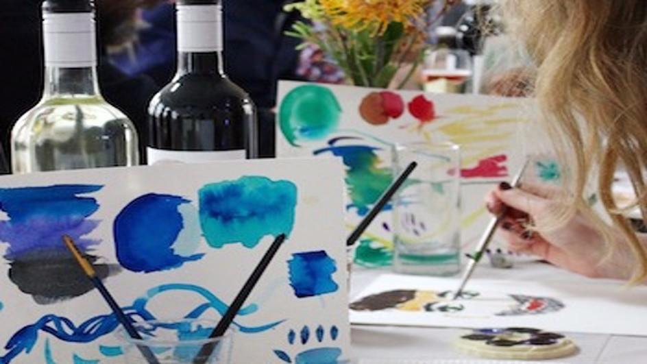 Spark_Dates_Watercolour-and-wine-date_table.jpg