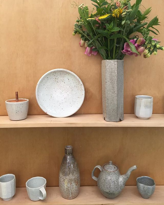 Year two of selling my work. Making and selling can feel scary and vulnerable, but it's also so rewarding sharing something I love with the people in my community. Thanks for all the support. It makes it a little less scary. @atelierslc @mountaindandy @harvey_skillshop ———————————————————————— #pottery #ceramics #teapot #clay #functional #maker #slc #interiordesign #kitchendesign #handmade #flowers #mug #mugshot #yunomi #bottle #design