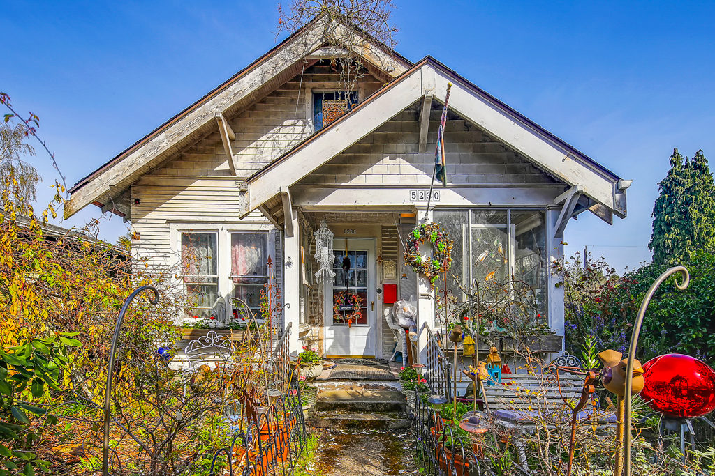 Listing: 5230 40th Ave SW, Seattle | List Price: $465,000 | Sold Price: $491,000