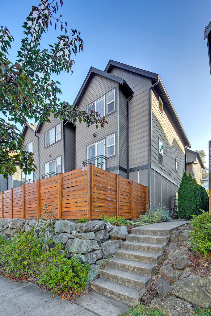 Listing: 5024 Delridge Wy SW #C, Seattle | List Price: $485,000 | Sold Price: $510,000