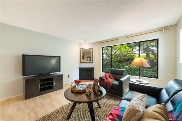 Buying: 1740 NE 86th St #102, Seattle | List Price: $219,950 | Sold Price: $264,750