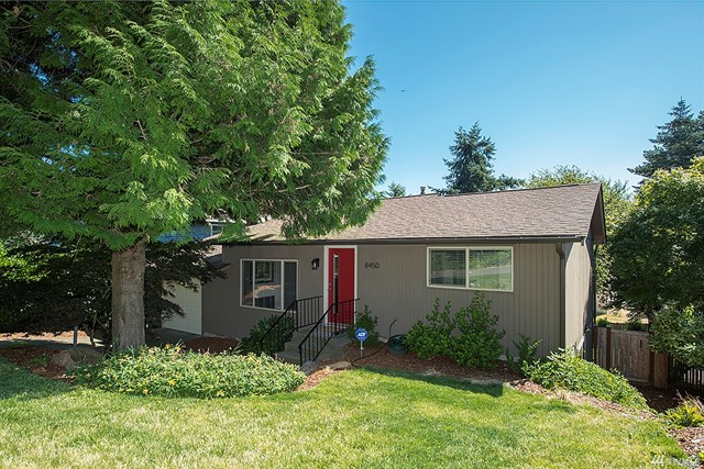 Buying: 8450 6th Ave SW, Seattle | List Price: $549,999 | Sold Price: $590,000