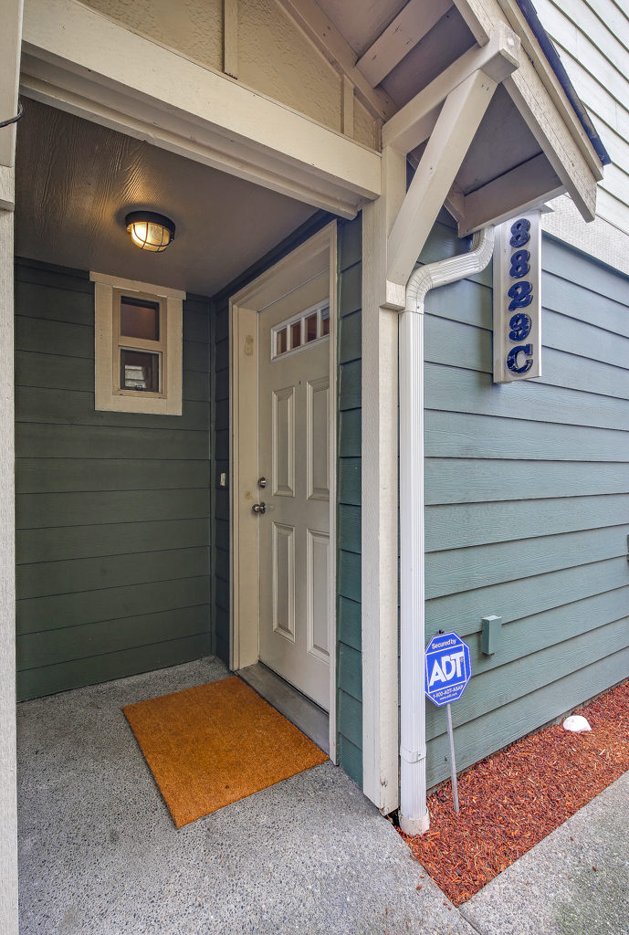Listing: 8829 Delridge Wy SW #C, Seattle | List Price: $375,000 | Sold Price: $375,000