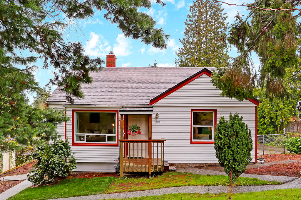 Listing: 4516 SW Hanford St, Seattle | List Price: $475,000 | Sold Price: $525,000