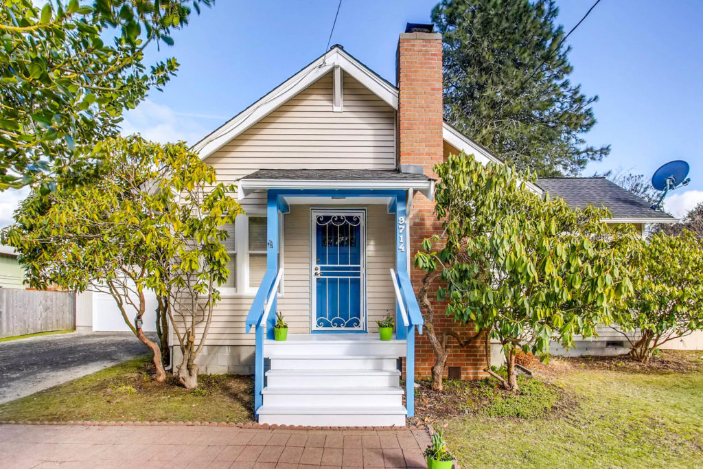 Listing: 9714 37th Ave SW, Seattle | List Price: $419,000 | Sold Price: $475,500