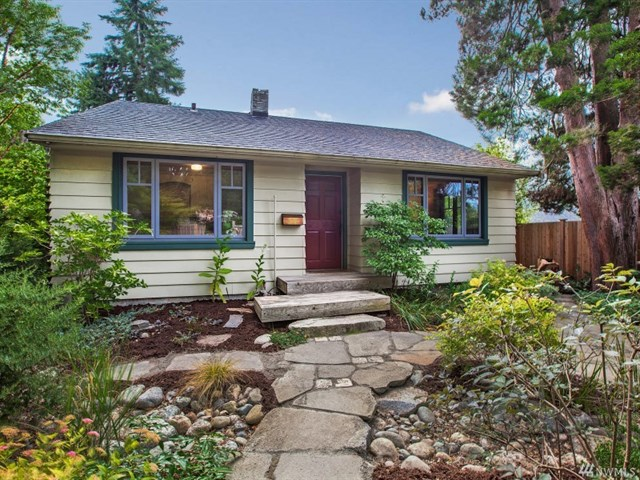 Buying: 7946 28 Ave SW, Seattle | List Price: $399,950 | Sold Price: $400,000