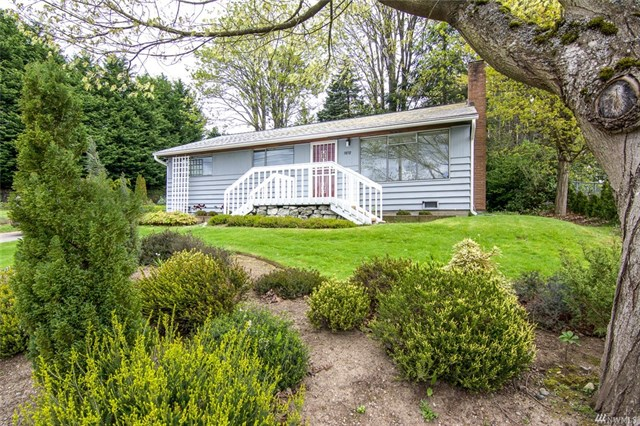 Buying: 9858 26th Ave SW, Seattle | List Price: $290,000 | Sold Price: $325,000