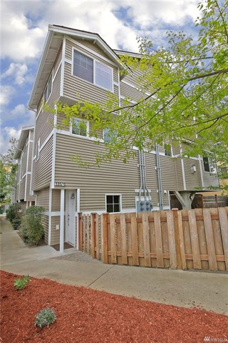 Buying: 10520 Whitman Ave N #A, Seattle | List Price: $359,000 | Sold Price: $405,200