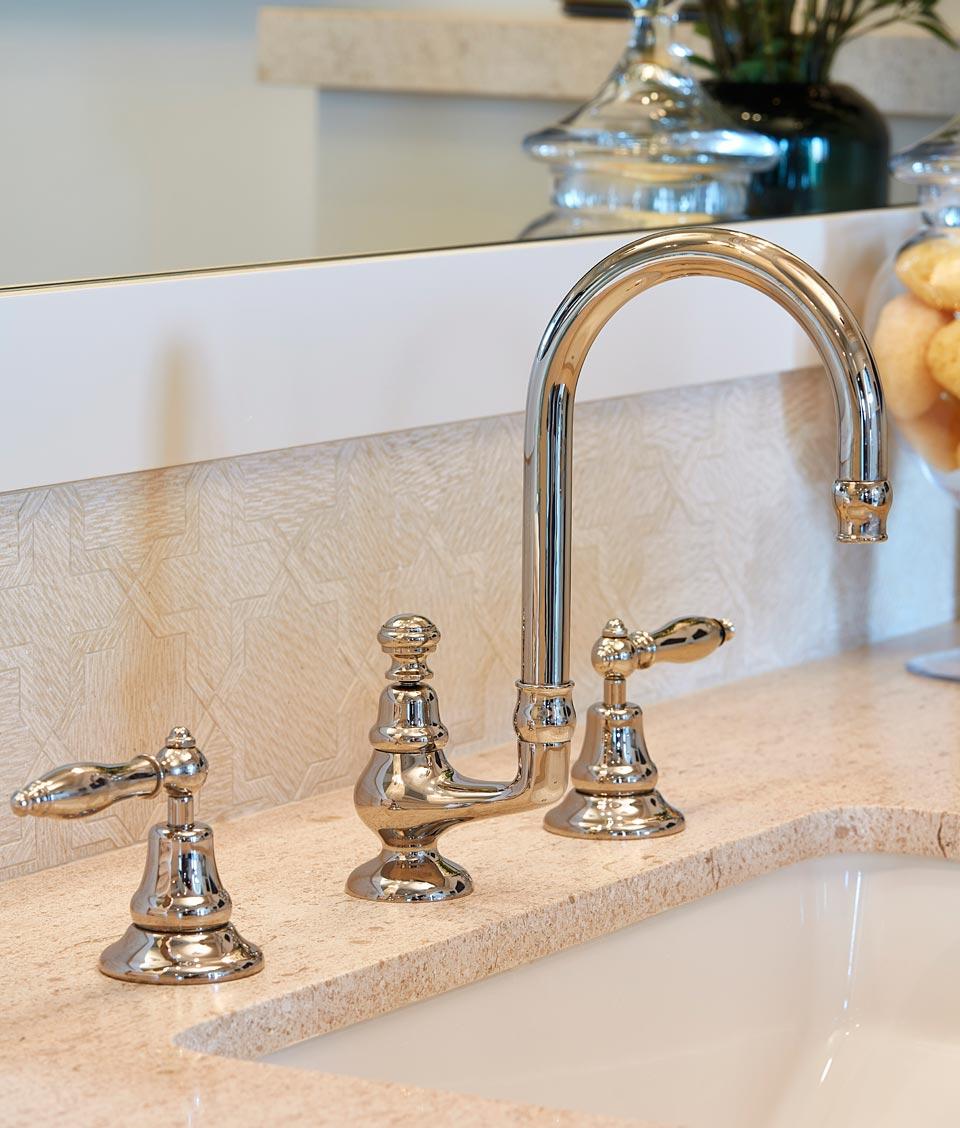 bathroom-faucet-4.jpg