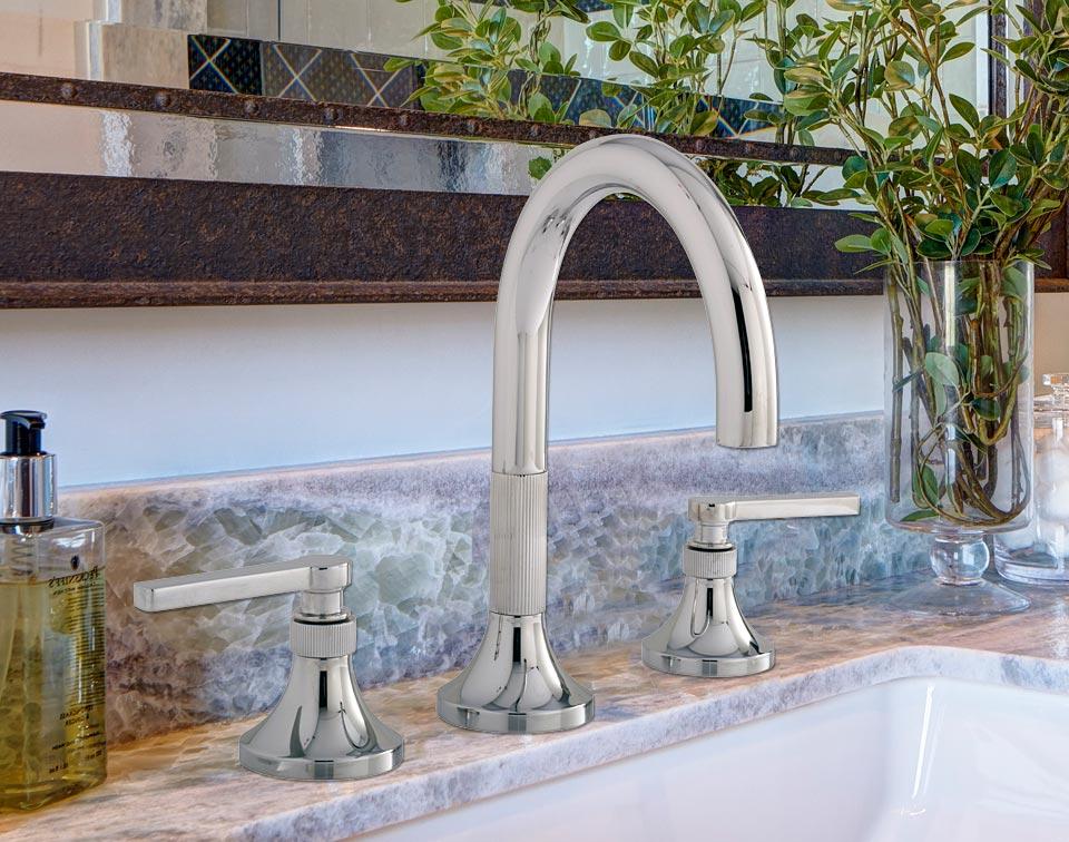 bathroom-faucet-2.jpg