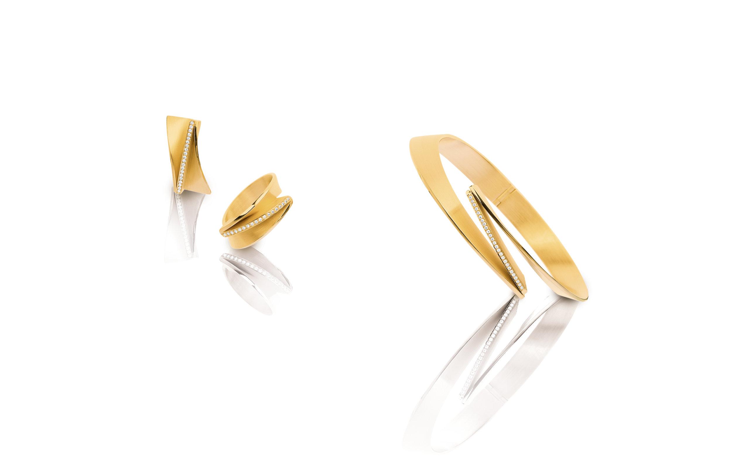Set ring en oorstekers 'Leporello'