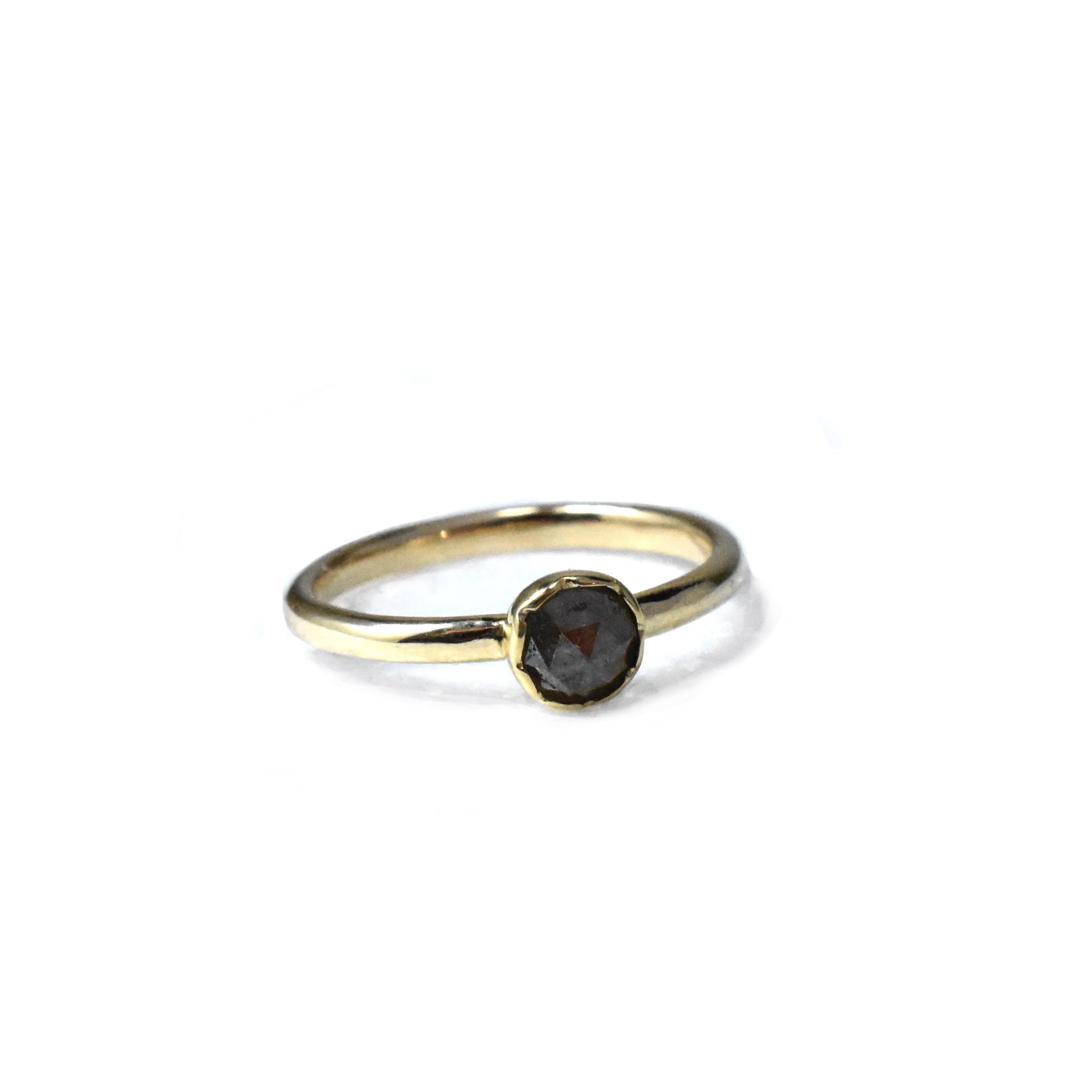 Ring Saltpepper rosecut diamond 18-14k