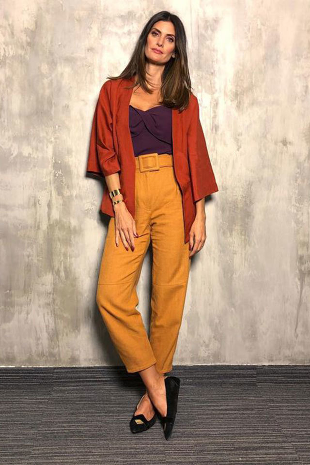 large_Fustany-fashion-style-ideas-orange-and-purple-outfit-combination-ideas-7.jpg