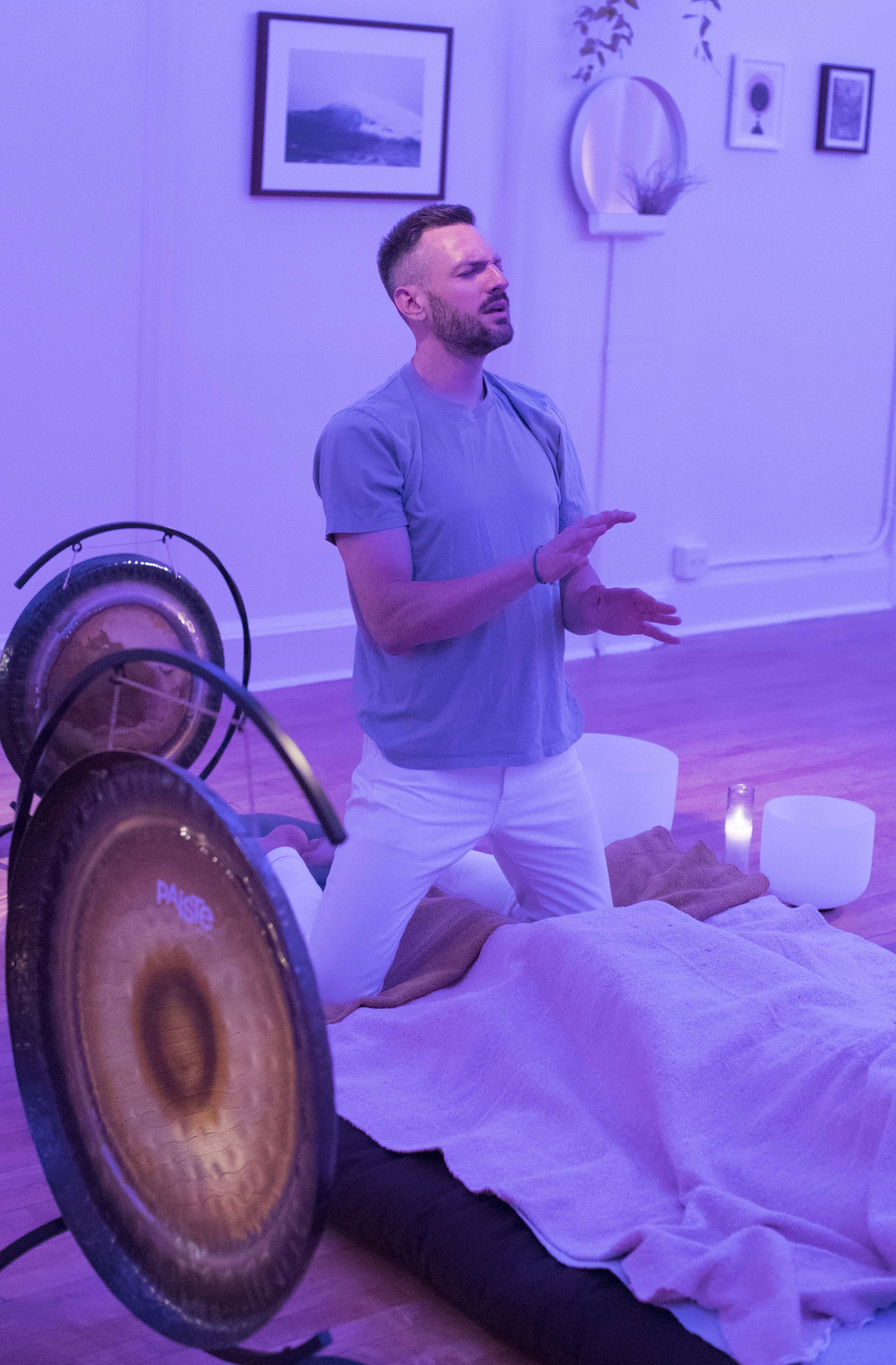 Davin Youngs Sound and Energy Healing Chicago 1