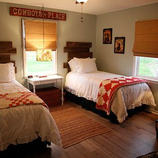d651d6940769b36e_2236-w308-h308-b0-p0--farmhouse-bedroom.jpg