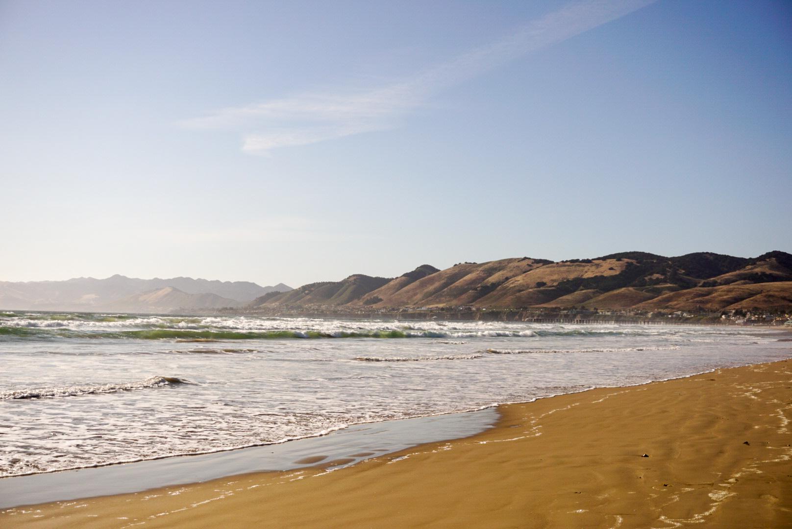 Pismo beach and mountains.jpg