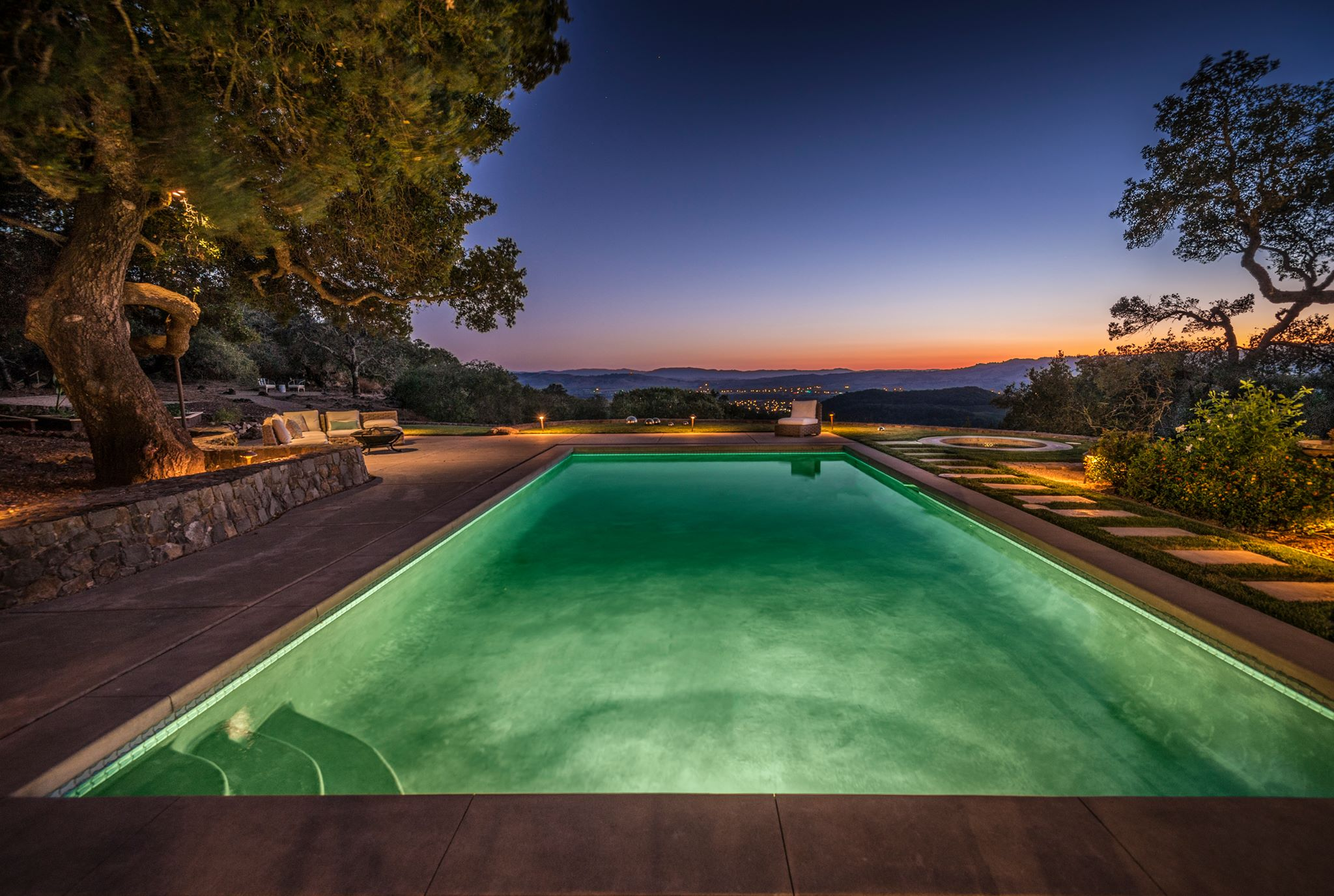 17410 7th St East | Sonoma
