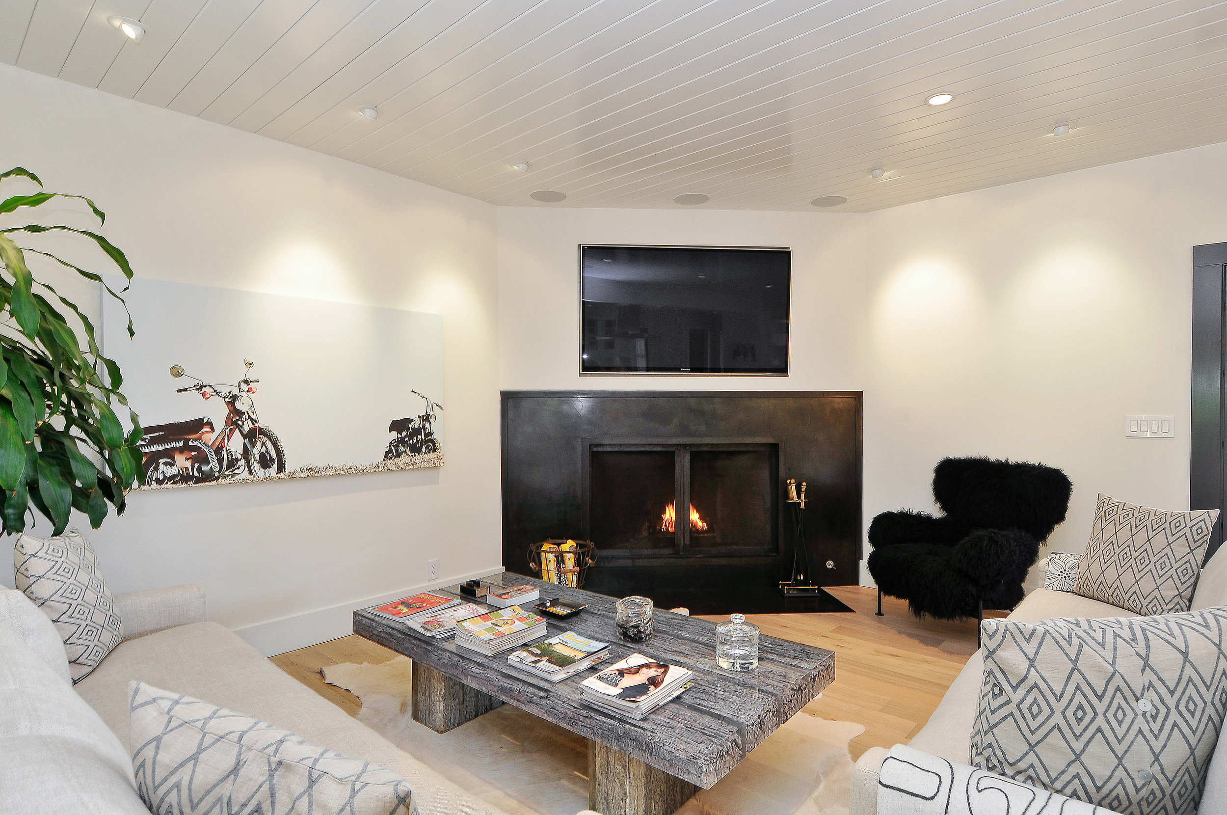 19688 7th St East | Sonoma