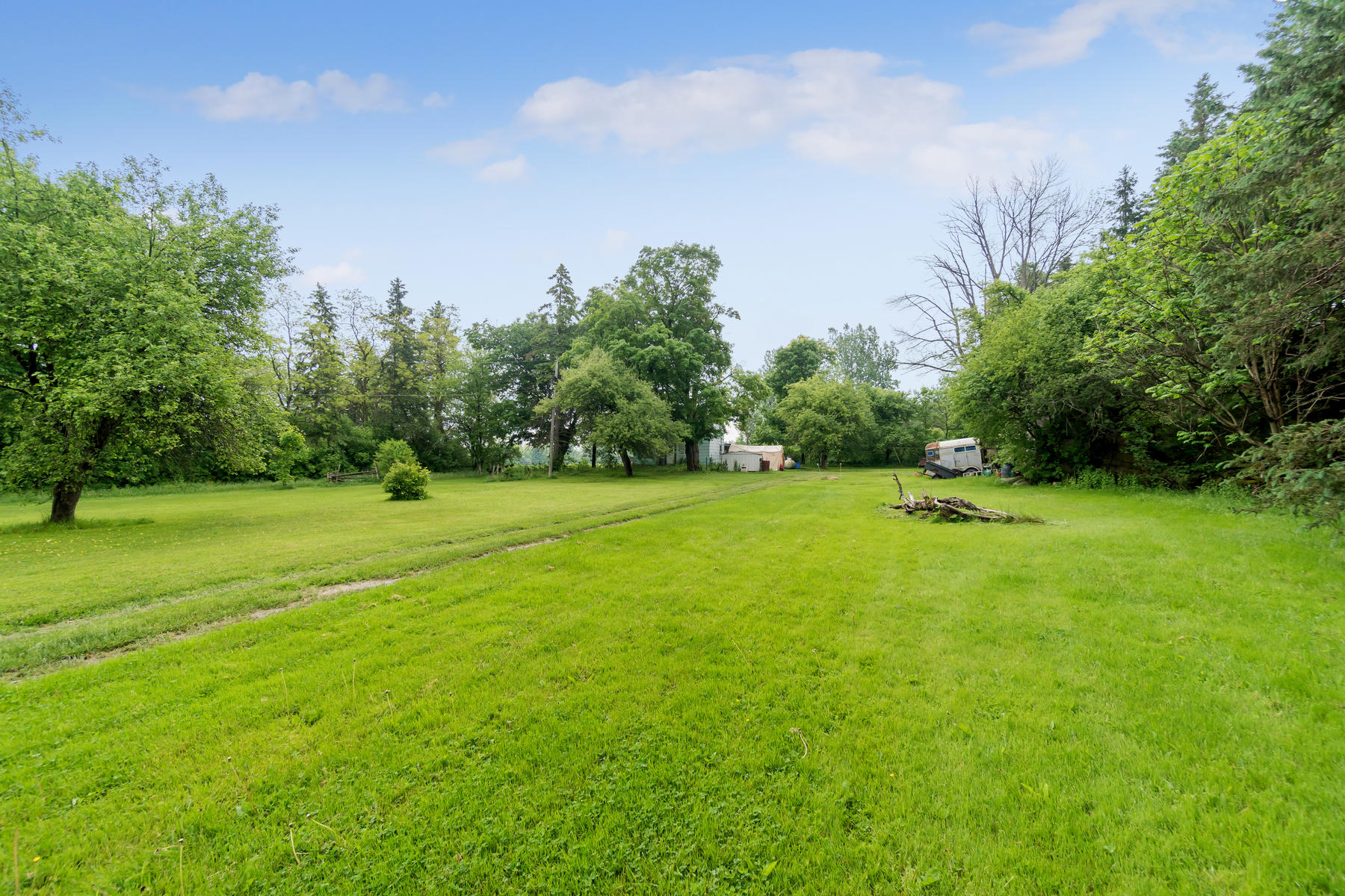 8761 Sideroad 17 Erin ON N0B-005-005-Property-MLS_Size.jpg