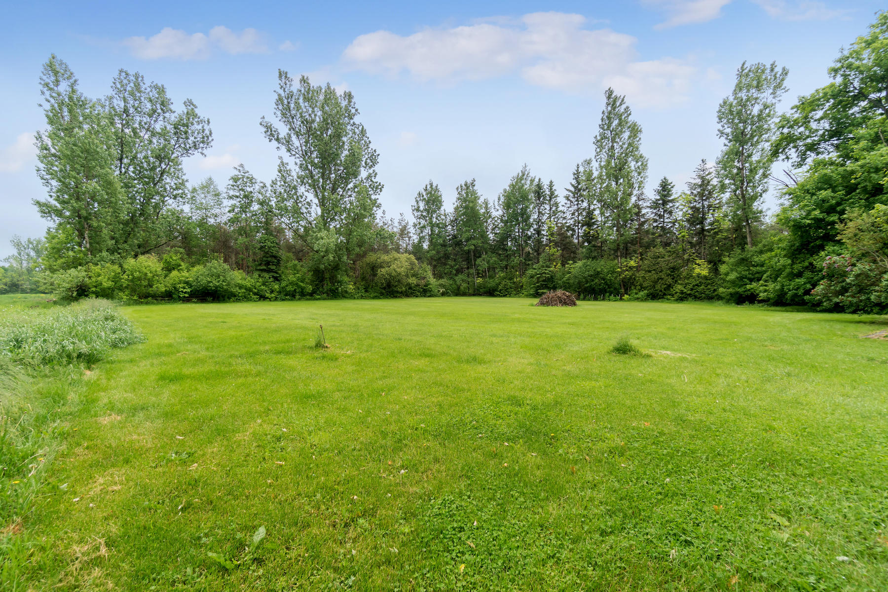 8761 Sideroad 17 Erin ON N0B-015-021-Property-MLS_Size.jpg