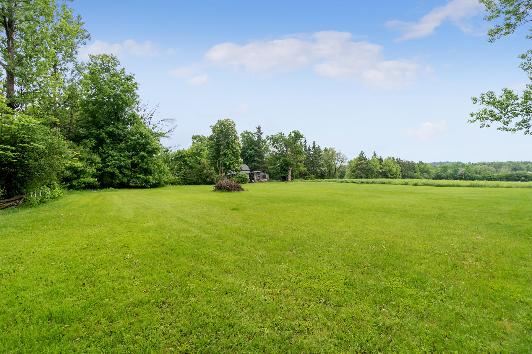 8761 Sideroad 17 Erin ON N0B-017-020-Property-MLS_Size.jpg