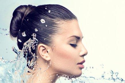 Oxygen Plump - Mini Skin Escape that rejuvenates & promotes a healthy vibrant skin leaving you fresh and plump.