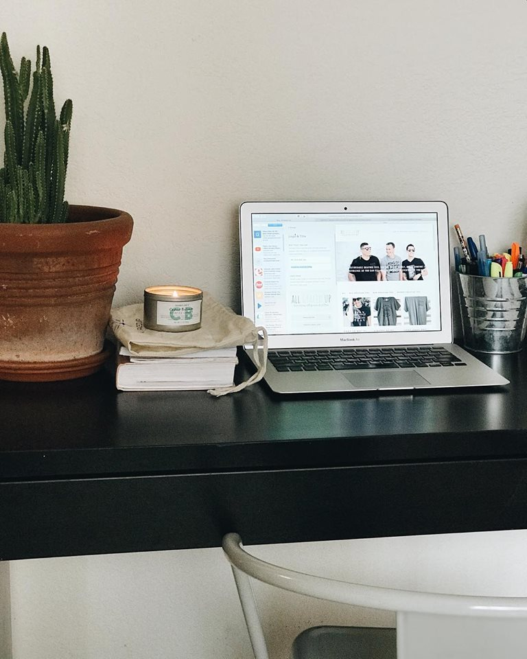 workspace by all graced up blog