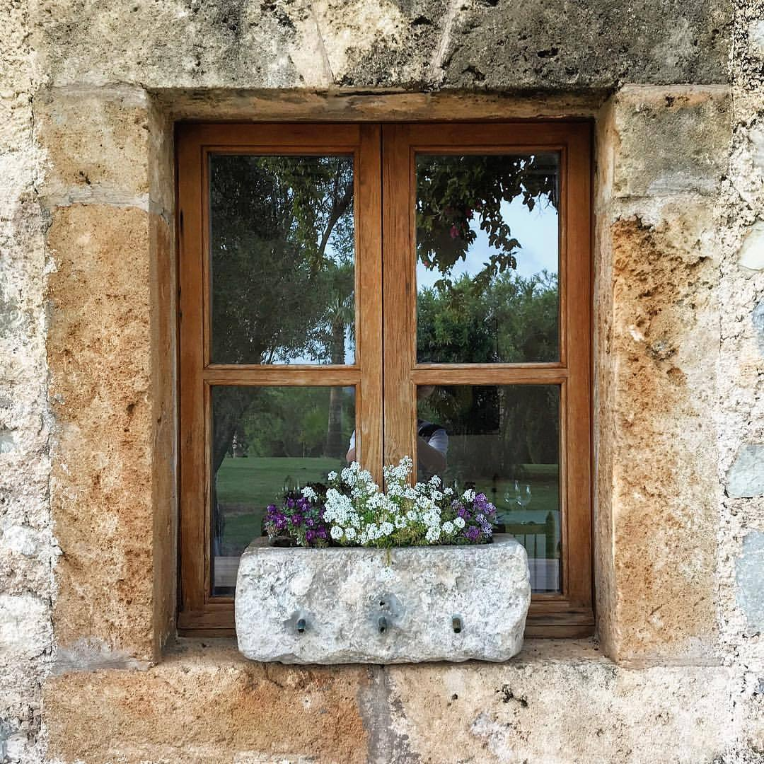 Window dressing.  -  #spain #mallorca #design #windowtreatments  (at Son Servera, Islas Baleares, Spain)