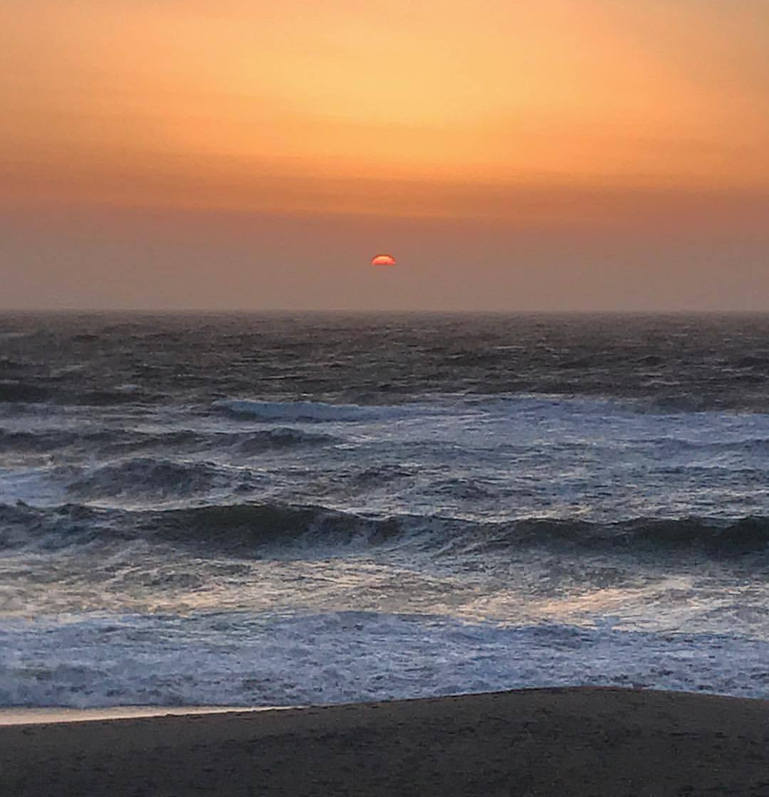 And just like that, April turns into May.  -  #california #ilovecalifornia #sunset #pacific  (at Point Reyes National Seashore)