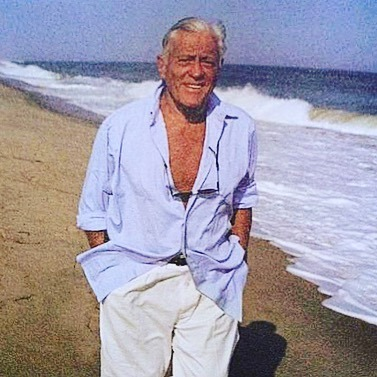 The Newspaperman:  The Life and Time of Ben Bradlee.  And what a fucking life it was!    -  #hbo #hbodocs #weneedyounow #ballsofsteel
