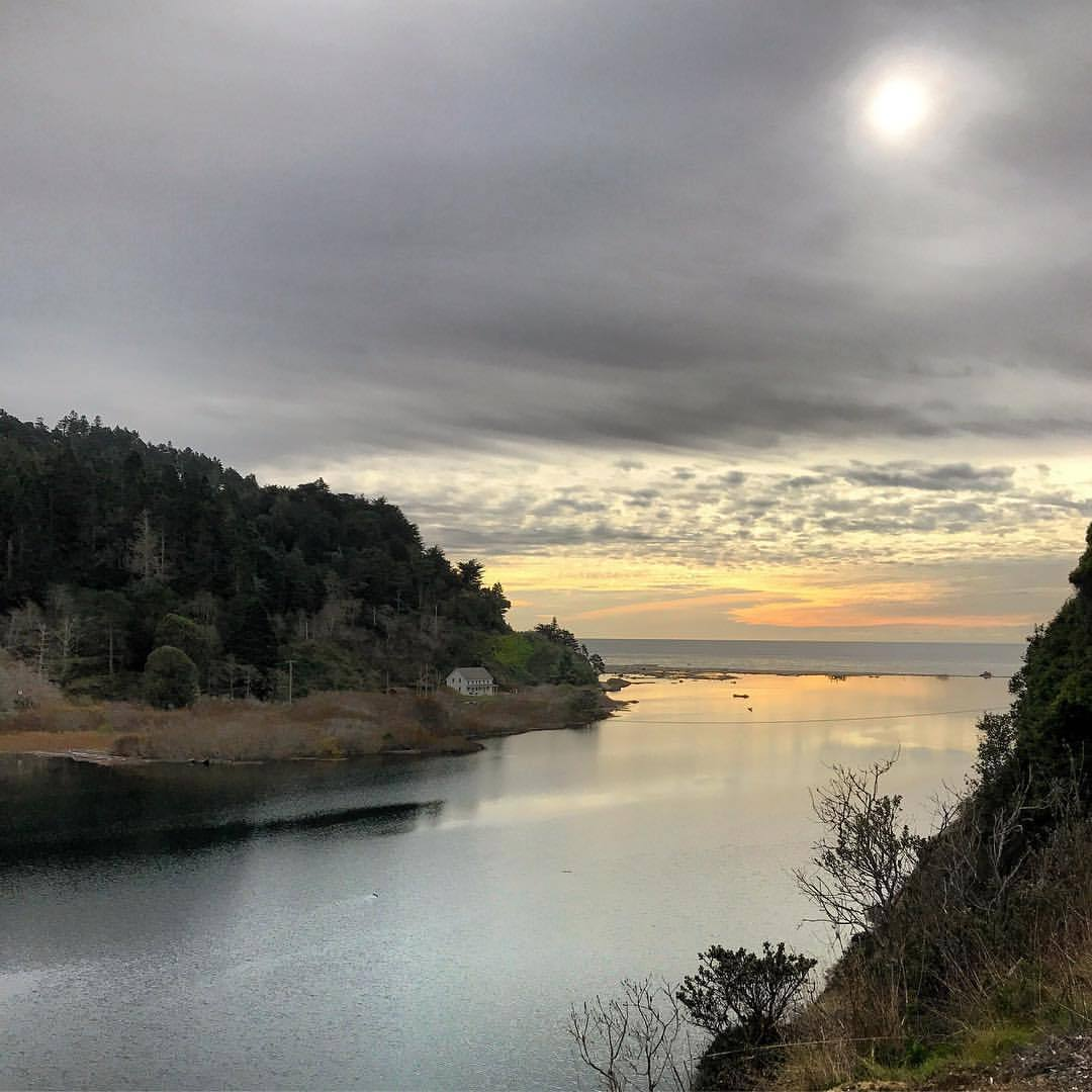 Dream of Californication.  -  #california #ilovecalifornia #mendocino #wintersky  (at Mendocino Coast)
