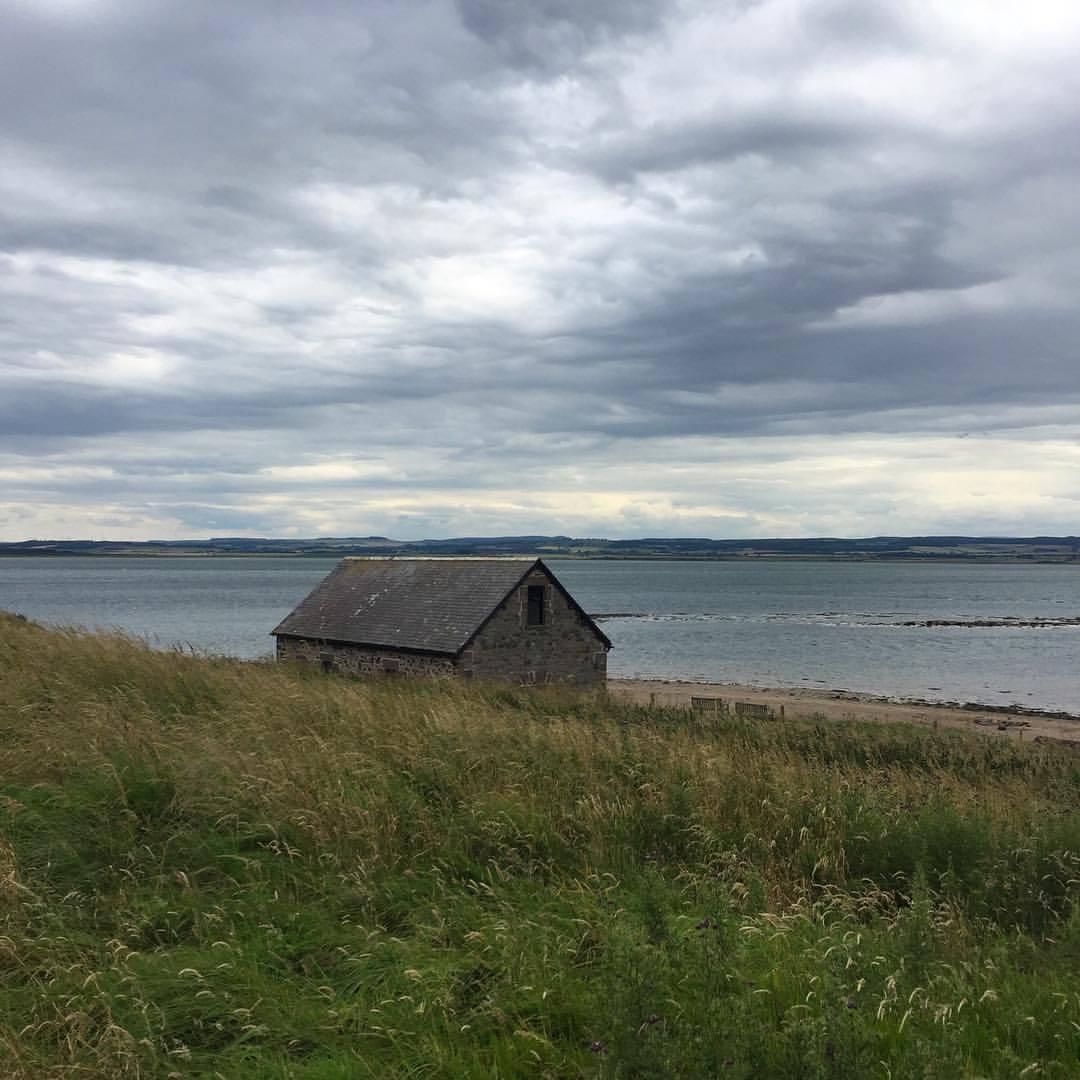 Holy Island.  #england #uk #walkingholiday #silenceisdeafening  (at Lindisfarne, England, United Kingdom)