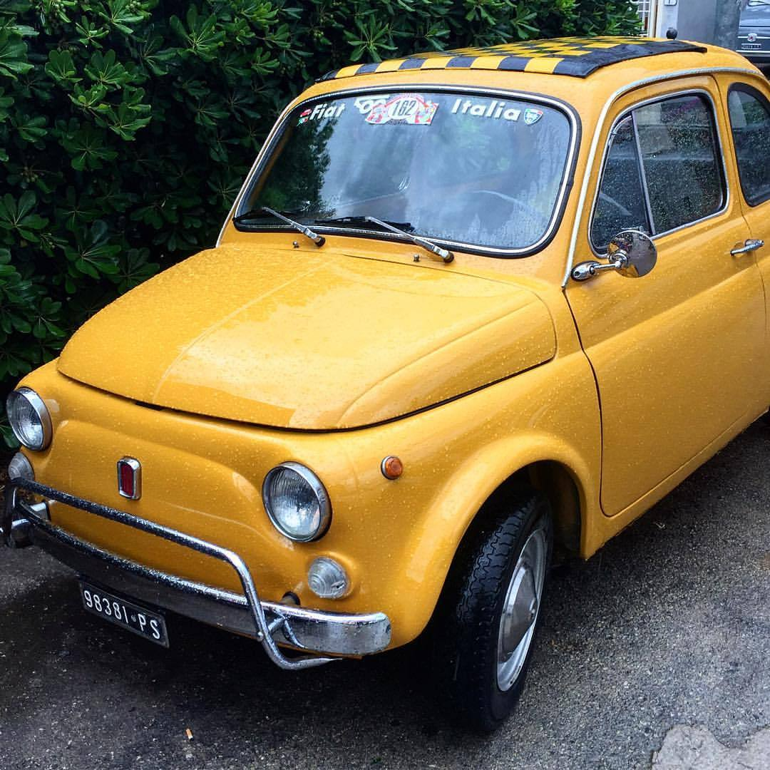 The Fiat 500 (Cinquecento) is a small, rear-engined, two-door, four-seater city car manufactured and marketed by Fiat in Turin, Italy from 1957 to 1975.    Zoom-fucking-zoom.  #italy #fiat #fiat500  (at Italy, Island Elba, Marina Di Campo)