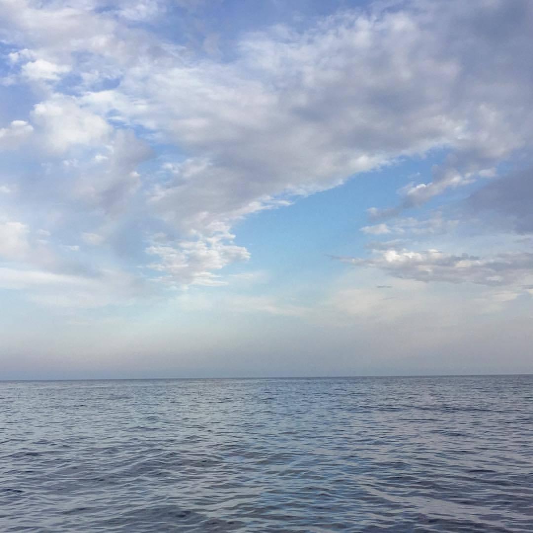 Tyrrhenian Sea.  #italy #tuscany #fishing #hooklinesinker  (at Italy, Island Elba, Marina Di Campo)