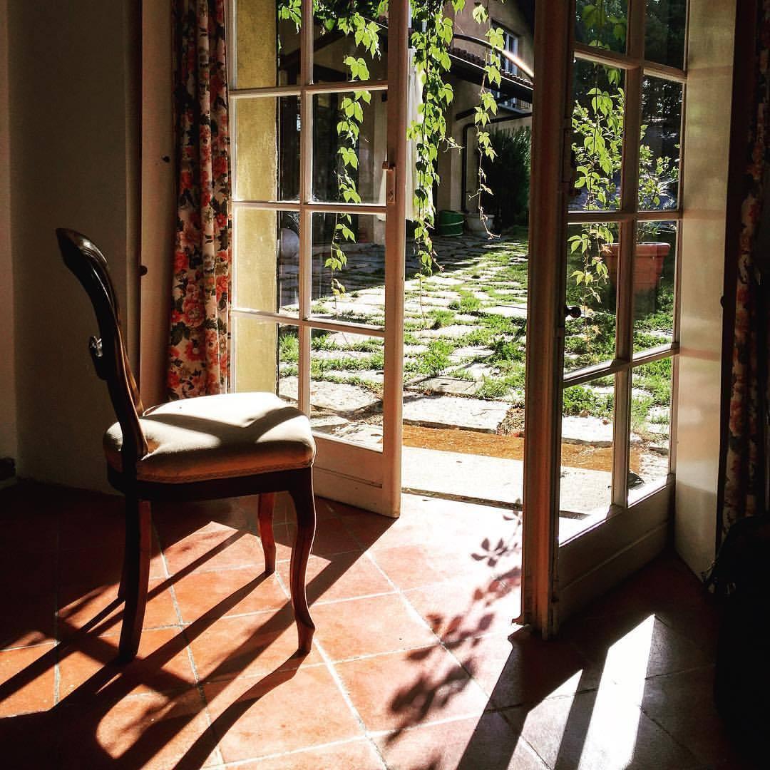 Morning light.  #italy #piemonte #stillness  (at Bossolasco)