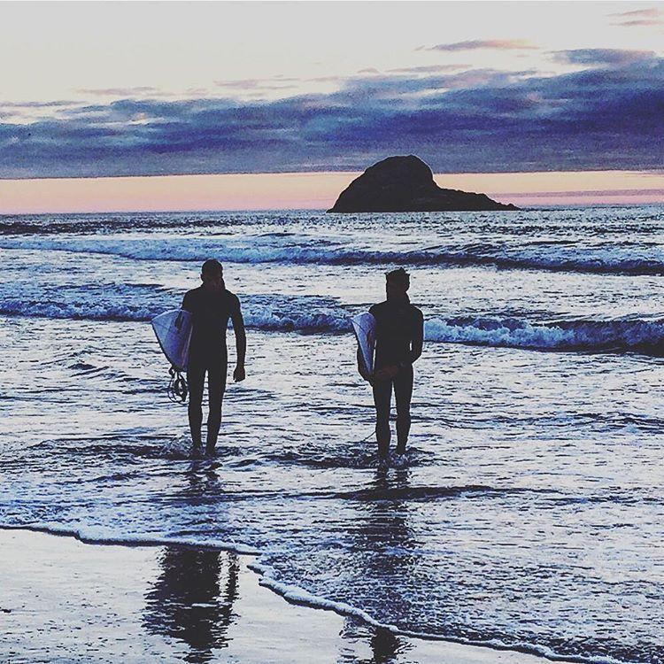 The day's last waves.  #california #summerroadtrip #humboldt  (at Trinidad, California)