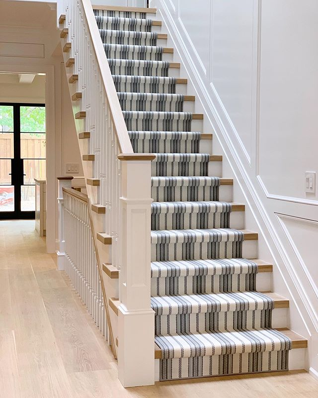 hallway details at our Kingsway new build #robynmadelineinteriors