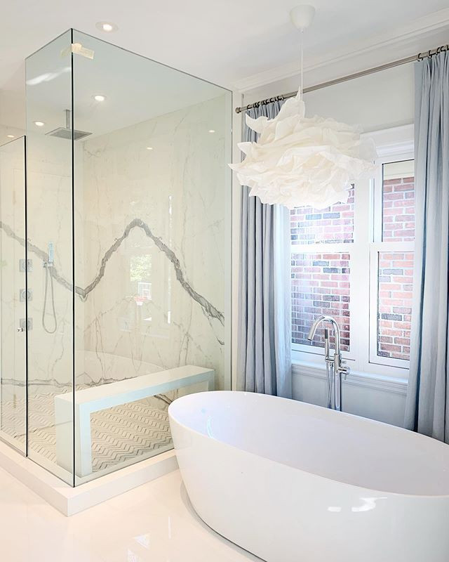 love the master bath at our recently completed new build #robynmadelineinteriors